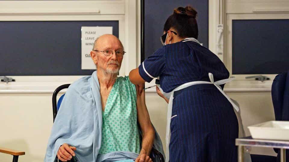 william shakespeare receives vaccine misleading headline case study
